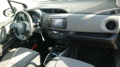 Toyota-Yaris-6